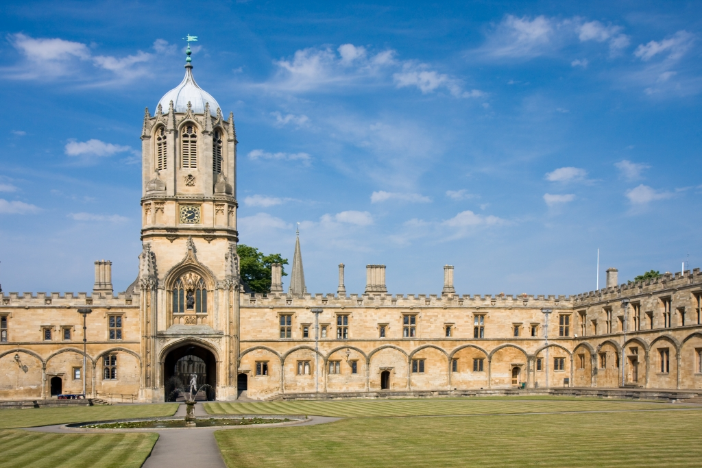 The imposing Tom Tower of Christ Church, Oxford University