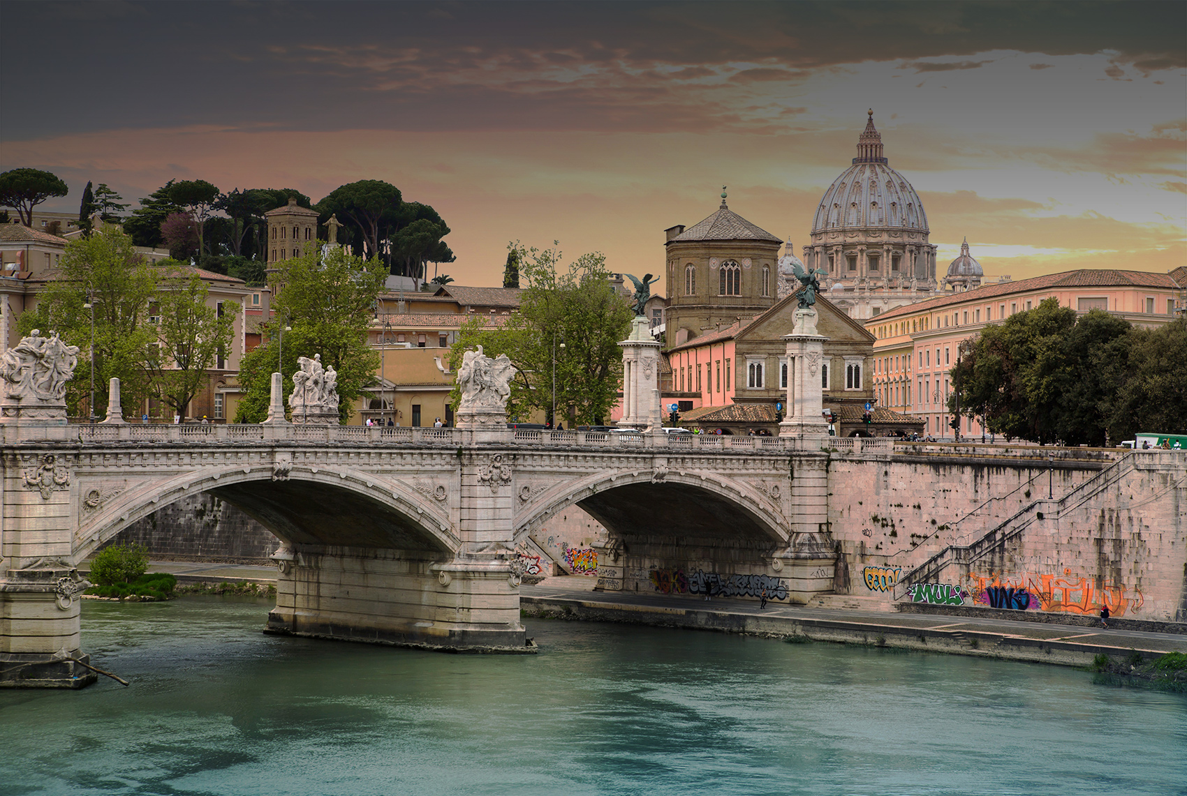canal in rome