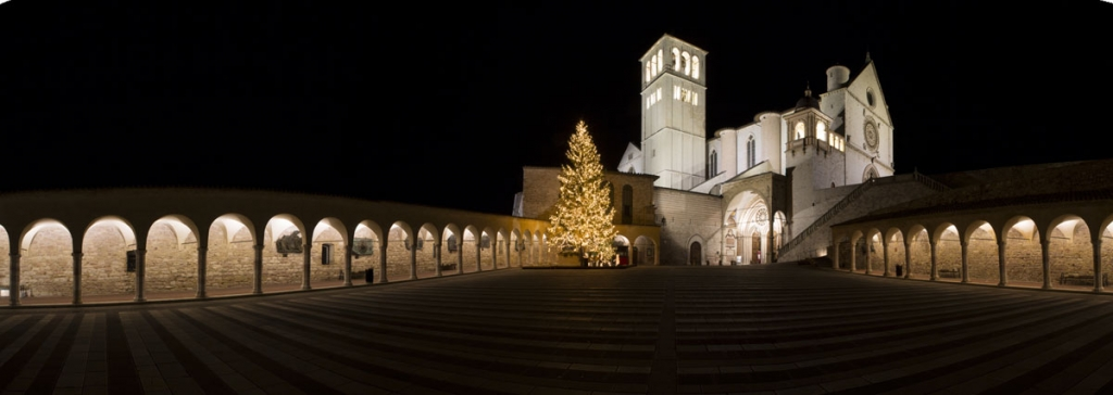 assisi san francesco christmas time